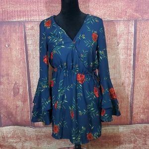 Blush red 🌹 bell sleeve dress